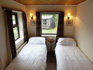 Lavender Cottage twin room